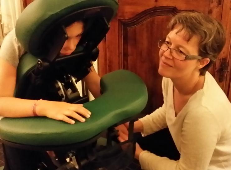 Val-Massage assis.jpg